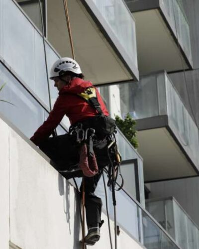 pressure washing for buildings