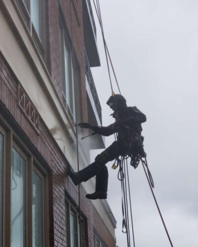 pressure washing with rope access service
